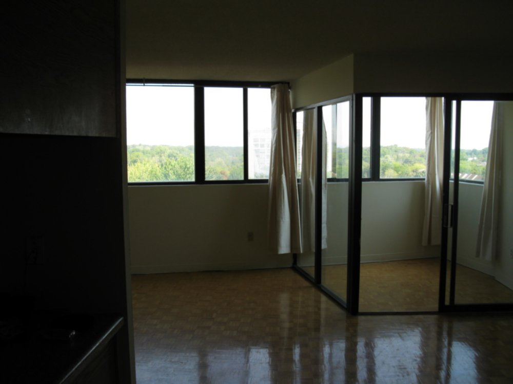 apartment-20160906T122944-0025.JPG