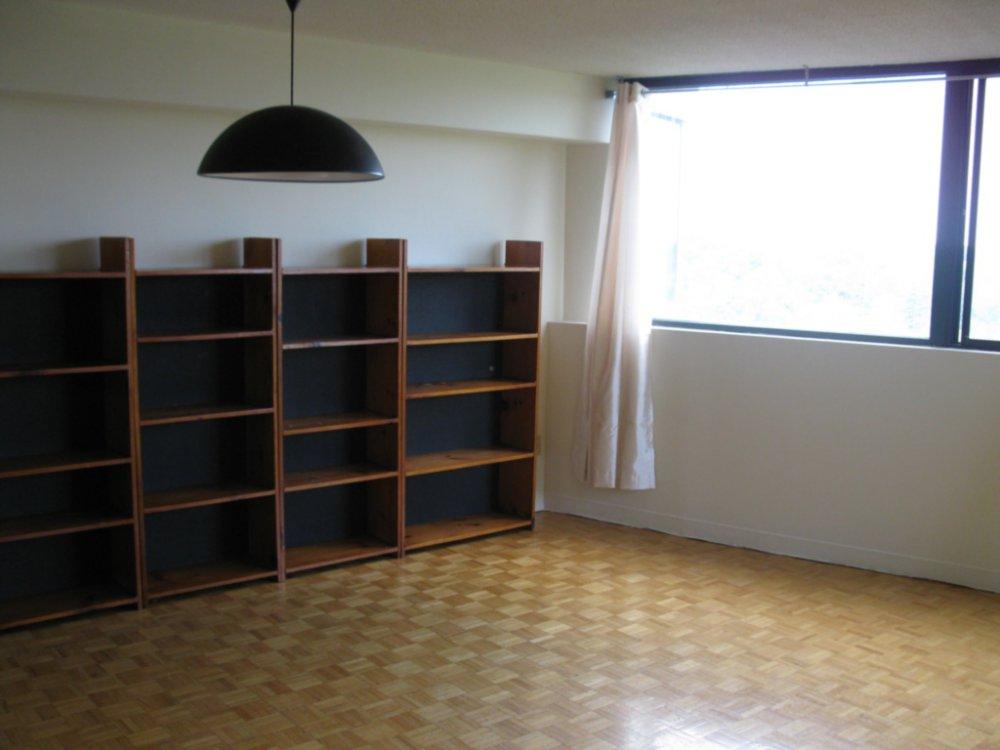 apartment-20160906T135842-0045.JPG