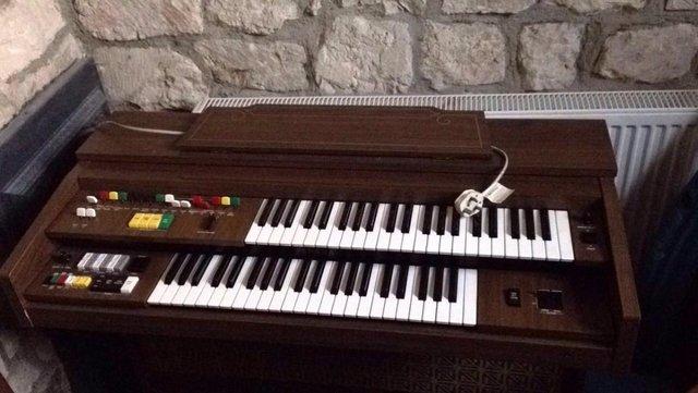 Yamaha organ.jpg